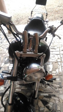 Foto 1 - Honda shadow 750